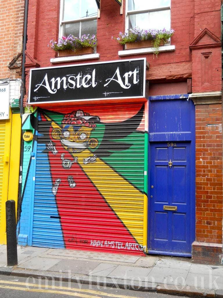 Shutter art on Fashion Street E1