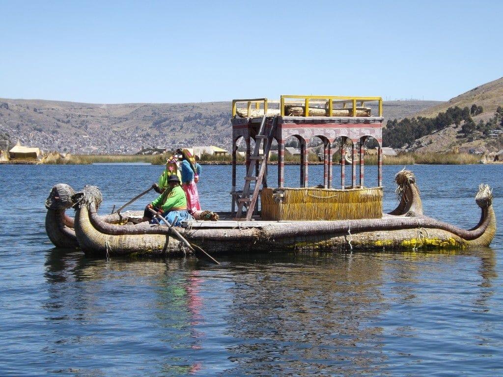 Floating Islands, Puno