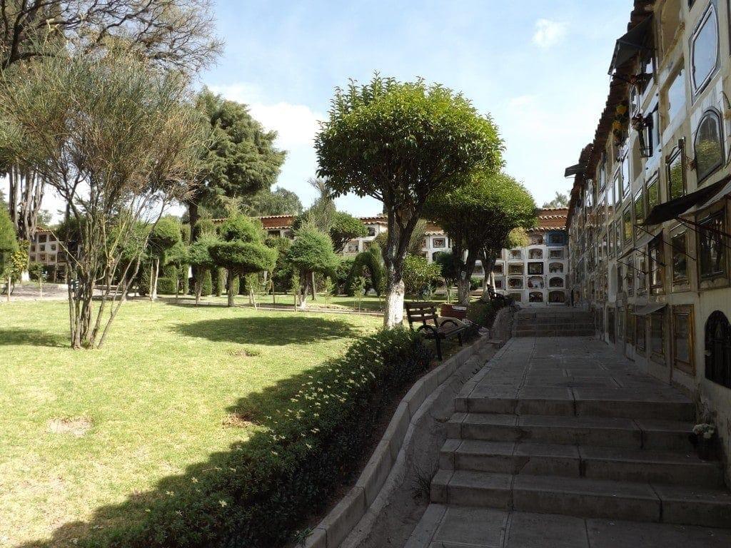 Cemetery, Sucre