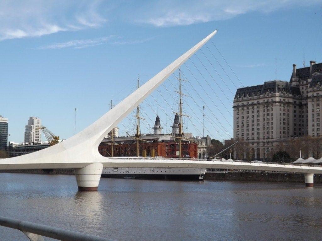 Puente de la Mujer, Biking Buenos Aires