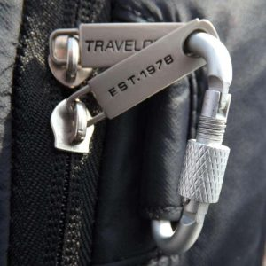 keeping valuables safe when travelling