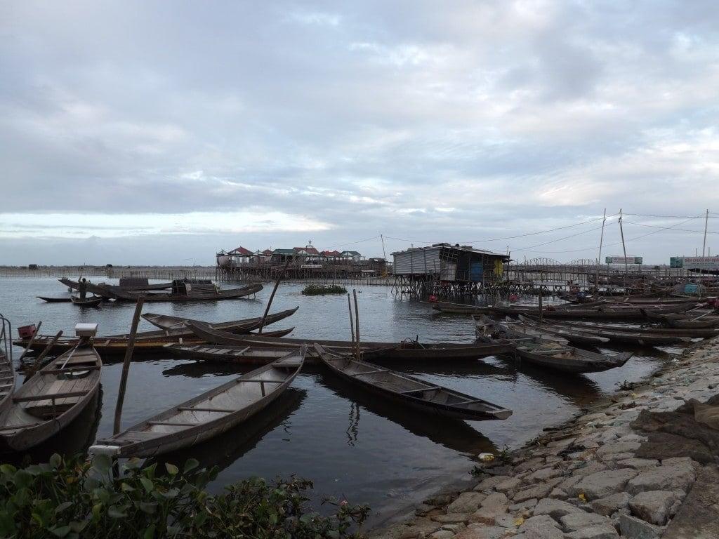 Boats and restaurants at Hue Lagoon
