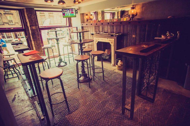 Wee Pub Smallest pub in Scotland