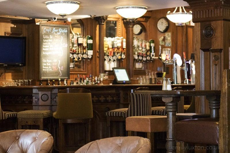 a cosy irish pub