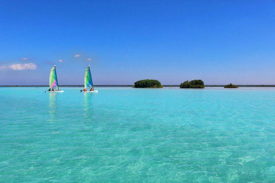 Lake Bacalar Mexico