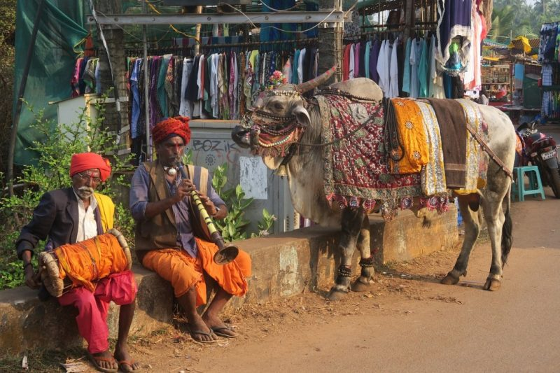 how to haggle in india