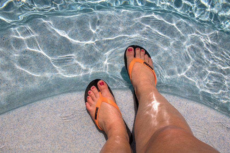 best flip flops for travel