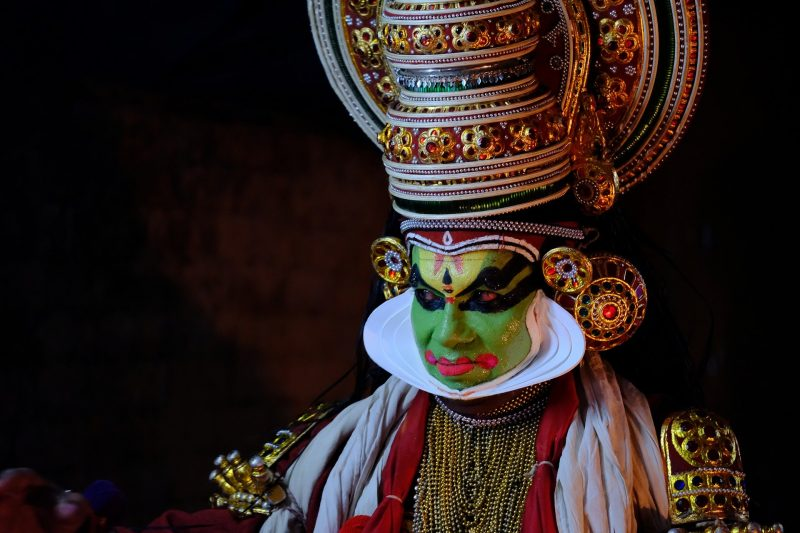 kathakali dancer - kerala tradtion