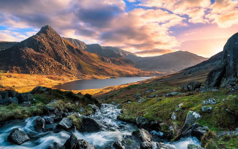 Visit Snowdonia on a long distance cycle route in Wales UK