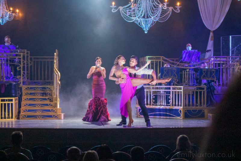Entertainment on the Regal Princess Seacations